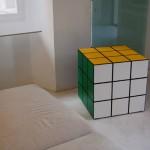 mobile cubo di rubik in legno