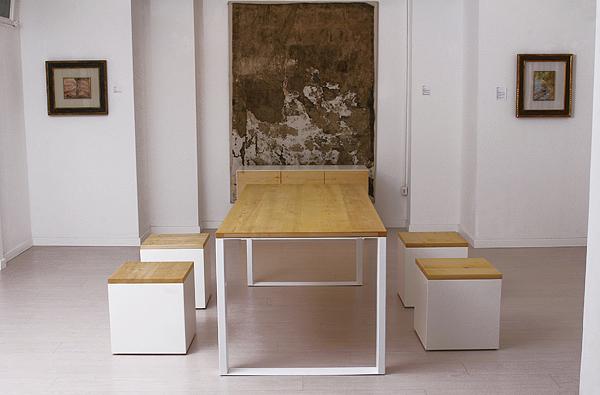 Tavolo di design in legno naturale design wood table for Tavolo eclipse legno di ozzio design